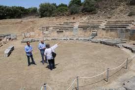 Η Περιφέρεια ΑΜΘ διαθέτει πόρους ύψους 602.500 ευρώ από το Ταμείο Πολιτικής και Κοινωνικής Συνοχής της Ευρωπαϊκής Ένωσης για την προστασία και την αναβάθμιση των υποδομών του Αρχαίου Θεάτρου της Μαρώνειας