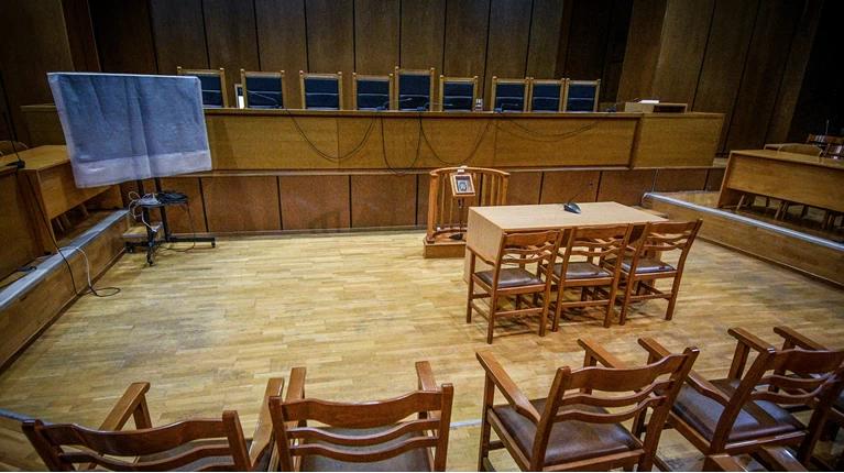 Γυναίκα δικαστικός εν ενεργεία καταγγέλλει βιασμό από πρώην πρόεδρο Εφετών
