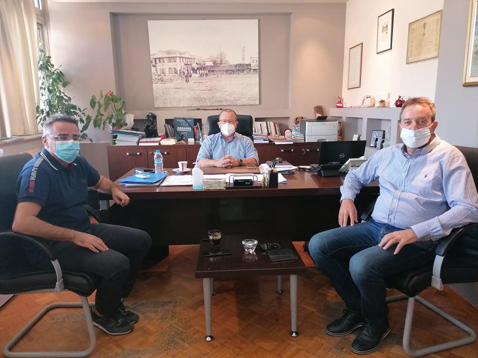 Συνάντηση βουλευτή Ροδόπης ΣΥΡΙΖΑ Δημήτρη Χαρίτου με τον δήμαρχο και τον αντιδήμαρχο έργων Δήμου Κομοτηνής
