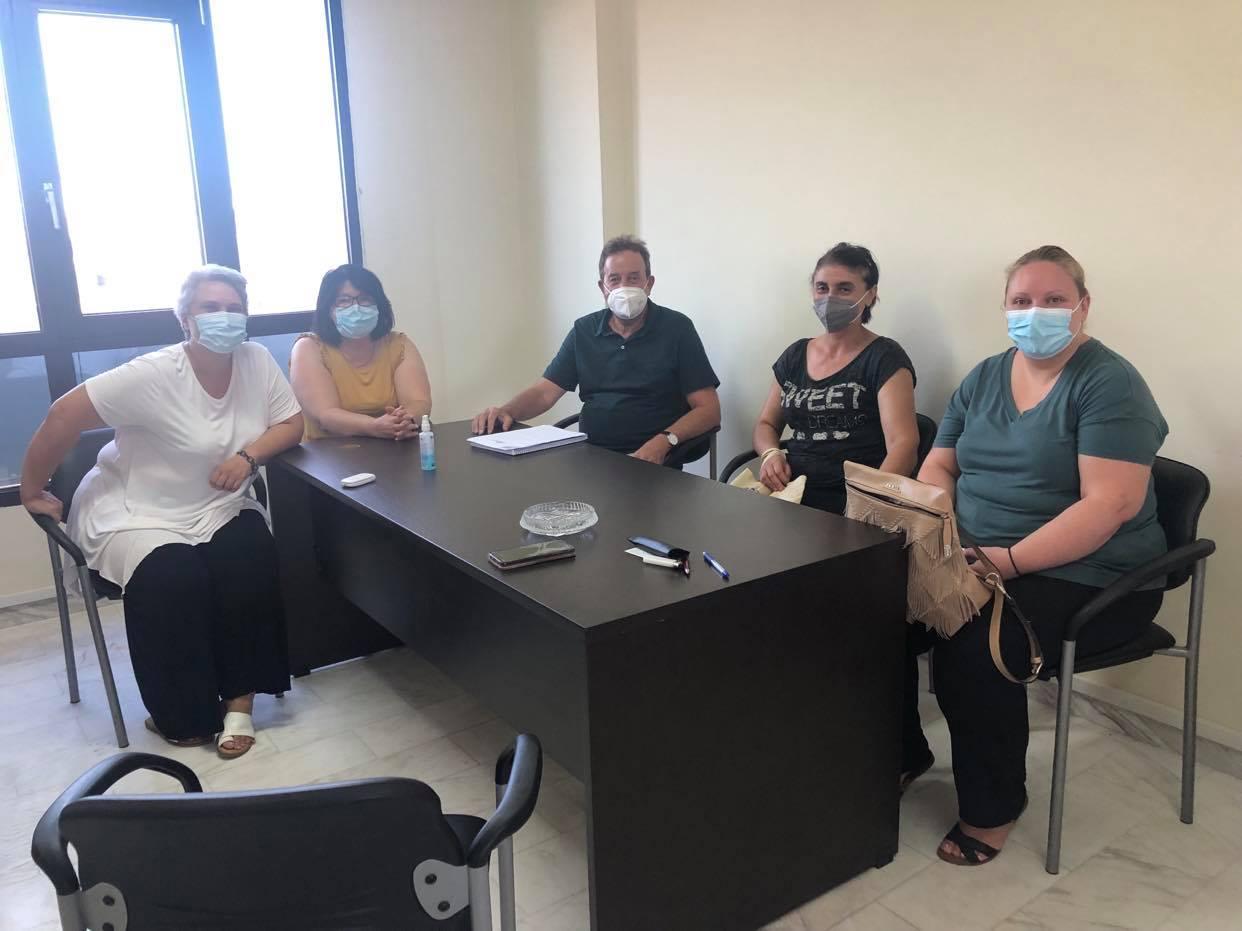 Συνάντηση βουλευτή Ροδόπης ΣΥΡΙΖΑ Δημήτρη Χαρίτου με το σωματείο σχολικών καθαριστριών Ν.Ροδόπης
