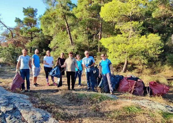 Εθελοντική δράση στο περιαστικό δάσος με τη συμμετοχή του Δημάρχου Καβάλας