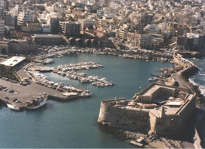 Μίνι lockdown σε Αχαΐα, Ηλεία, Ικαρία – Παράταση μέτρων σε Μεσσηνία και Ηράκλειο