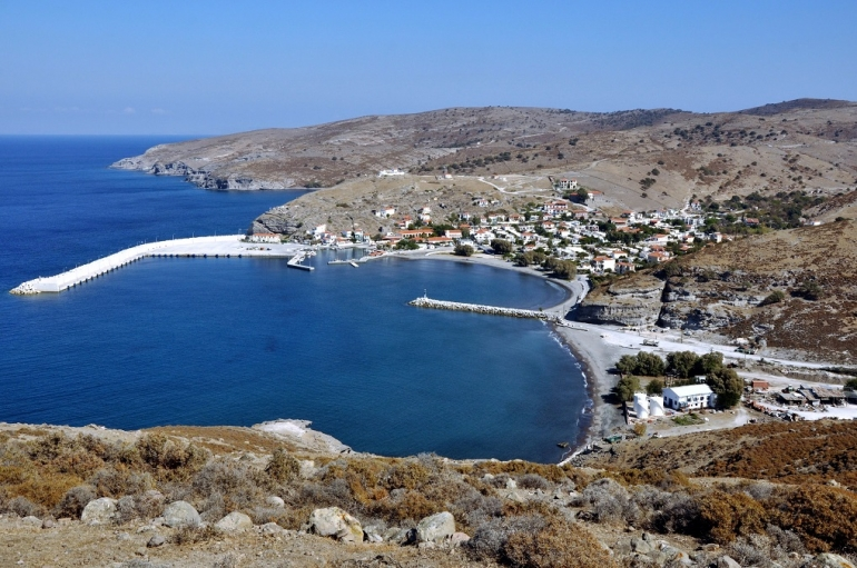 Πως ένα πιλοτικό έργο ΑΠΕ σε ένα μικρό νησί του Αιγαίου μπορεί να αλλάξει την Ελλάδα