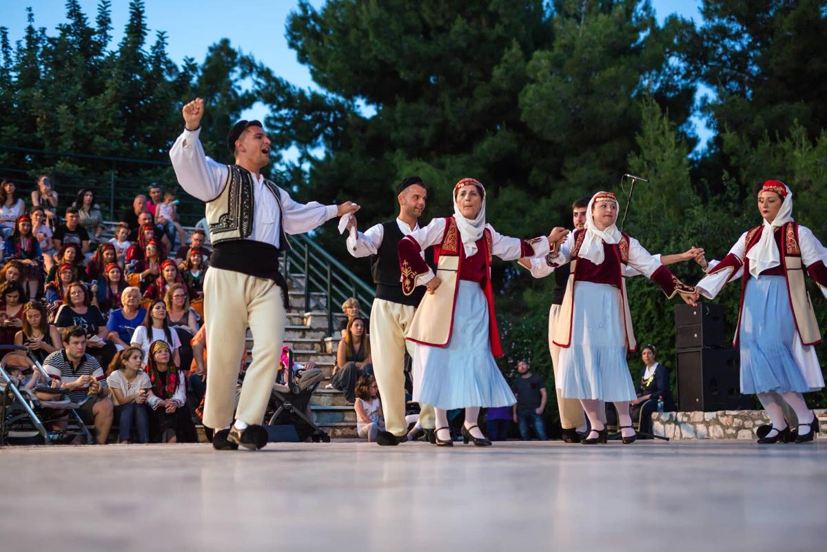 Η διδασκαλία Δημοτικών Χορών στην Ελλάδα απέκτησε και επίσημα δομή (Π.Ε.Δ.ΔΗ.Χ)