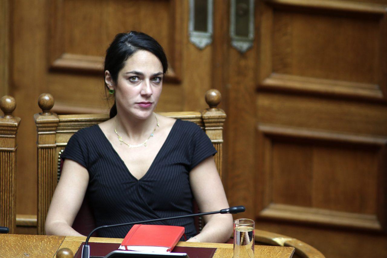 Δόμνα Μιχαηλίδου: «Στο 92% οι εμβολιασμένοι, αν χρειαστεί τροπολογία για τους ανεμβολίαστους» – Νομοσχέδιο για την Κοινωνική Προστασία