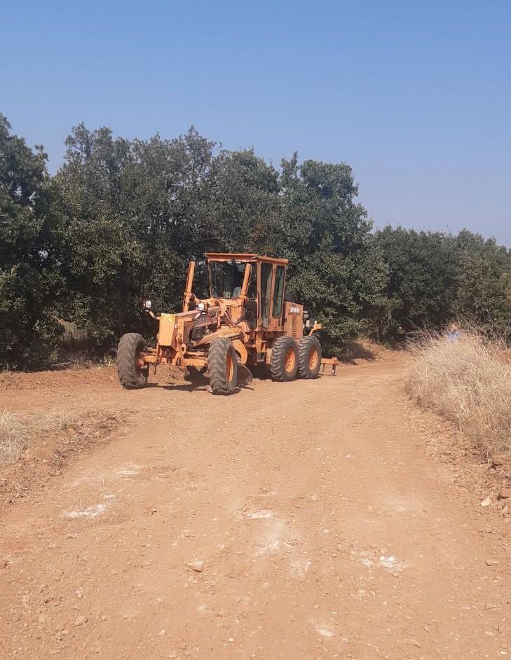 Συνεχίζονται οι συντηρήσεις αγροτικής οδοποιίας στο  Δήμο Μαρωνείας-Σαπών