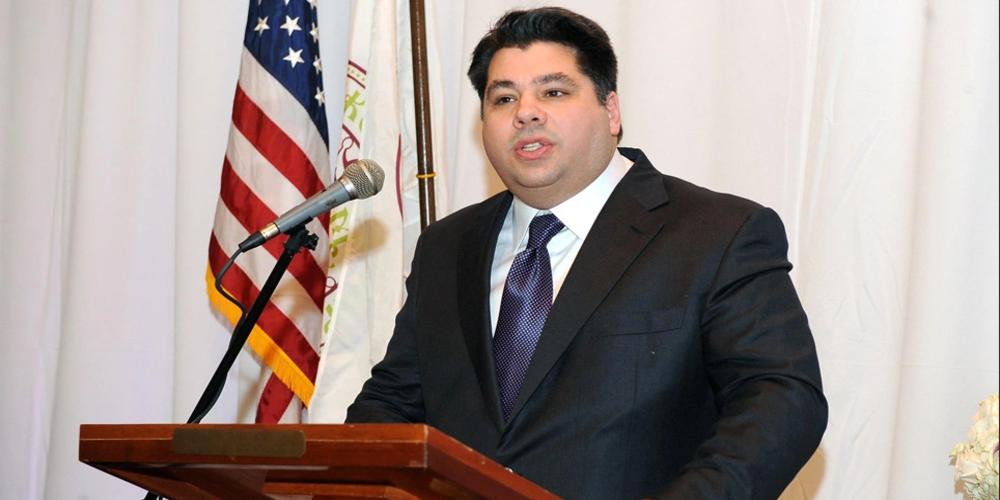 Τον Ελληνοαμερικανό Τζορτζ Τσούνη πρότεινε επισήμως ο Μπάιντεν για πρέσβη των ΗΠΑ στην Ελλάδα